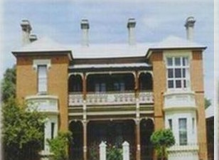 Strathmore Victorian Manor - Accommodation Melbourne