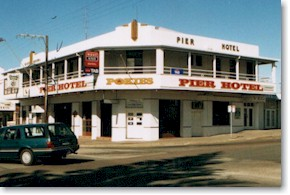 Pier Hotel - Accommodation Melbourne