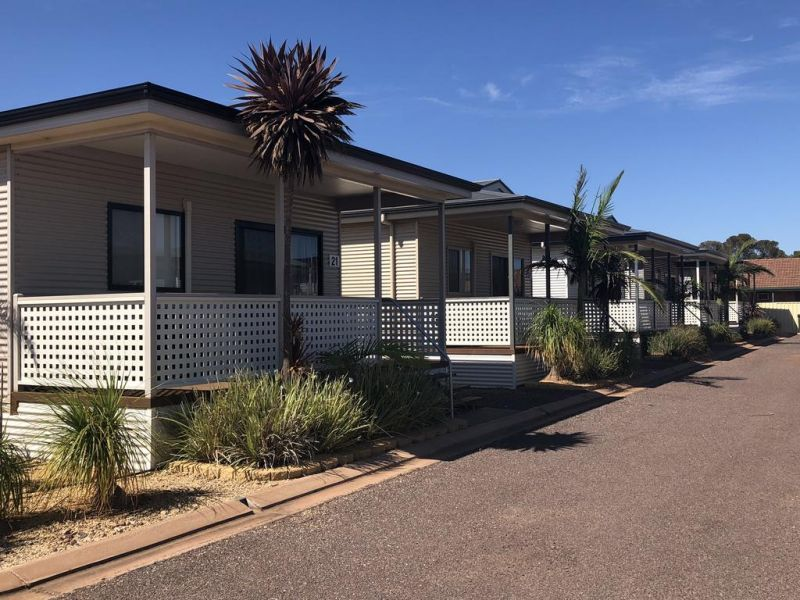 Sundowner Cabin and Tourist Park - Accommodation Melbourne