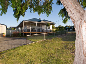Serenity Holiday House - Accommodation Melbourne
