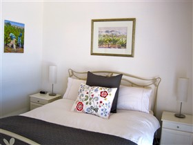 ArtWine Cottages - Accommodation Melbourne