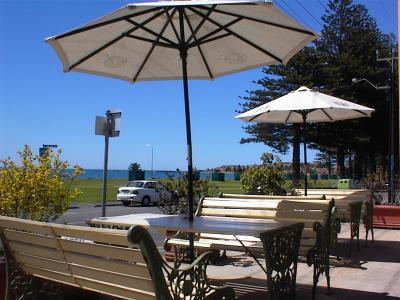 Anchorage at Victor Harbor Seafront Hotel - Accommodation Melbourne