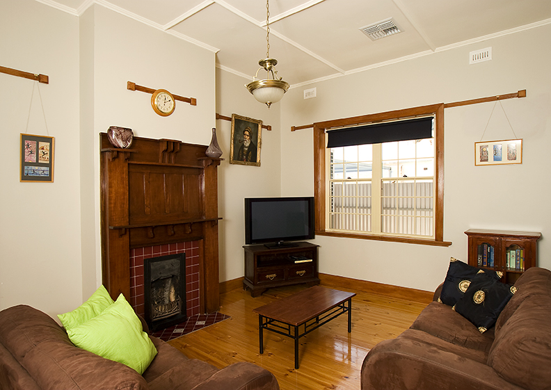 Semaphore Beach House - Accommodation Melbourne