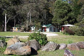 Mountainside Nature Retreat - Accommodation Melbourne