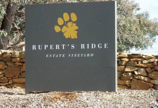 Rupert's Ridge Retreat - Accommodation Melbourne