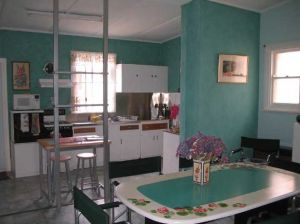 Lavender and Lace Cottage - Accommodation Melbourne