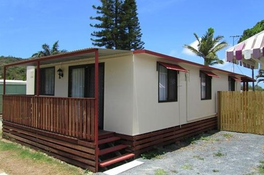 BIG4 Capricorn Palms Holiday Village - Accommodation Melbourne