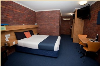 Comfort Inn Blue Shades - Accommodation Melbourne