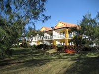 Coral Cove Resort  Golf Club - Accommodation Melbourne