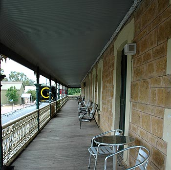 Hotel Mannum - Accommodation Melbourne