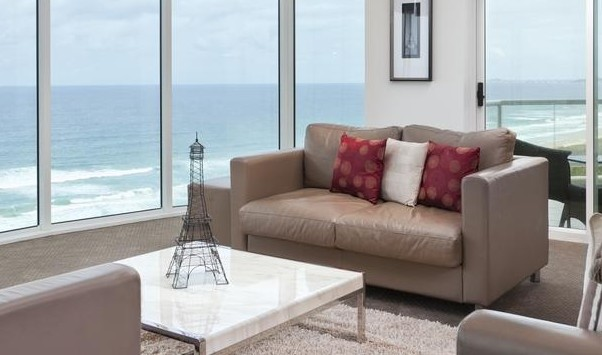 Mint Broadbeach - Accommodation Melbourne