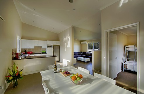 Middle Rock Holiday Resort - Accommodation Melbourne