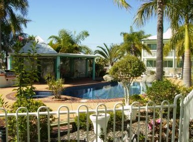 Reef Adventureland Motor Inn - Accommodation Melbourne
