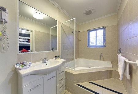 Comfort Inn And Suites Georgian Albury - Accommodation Melbourne