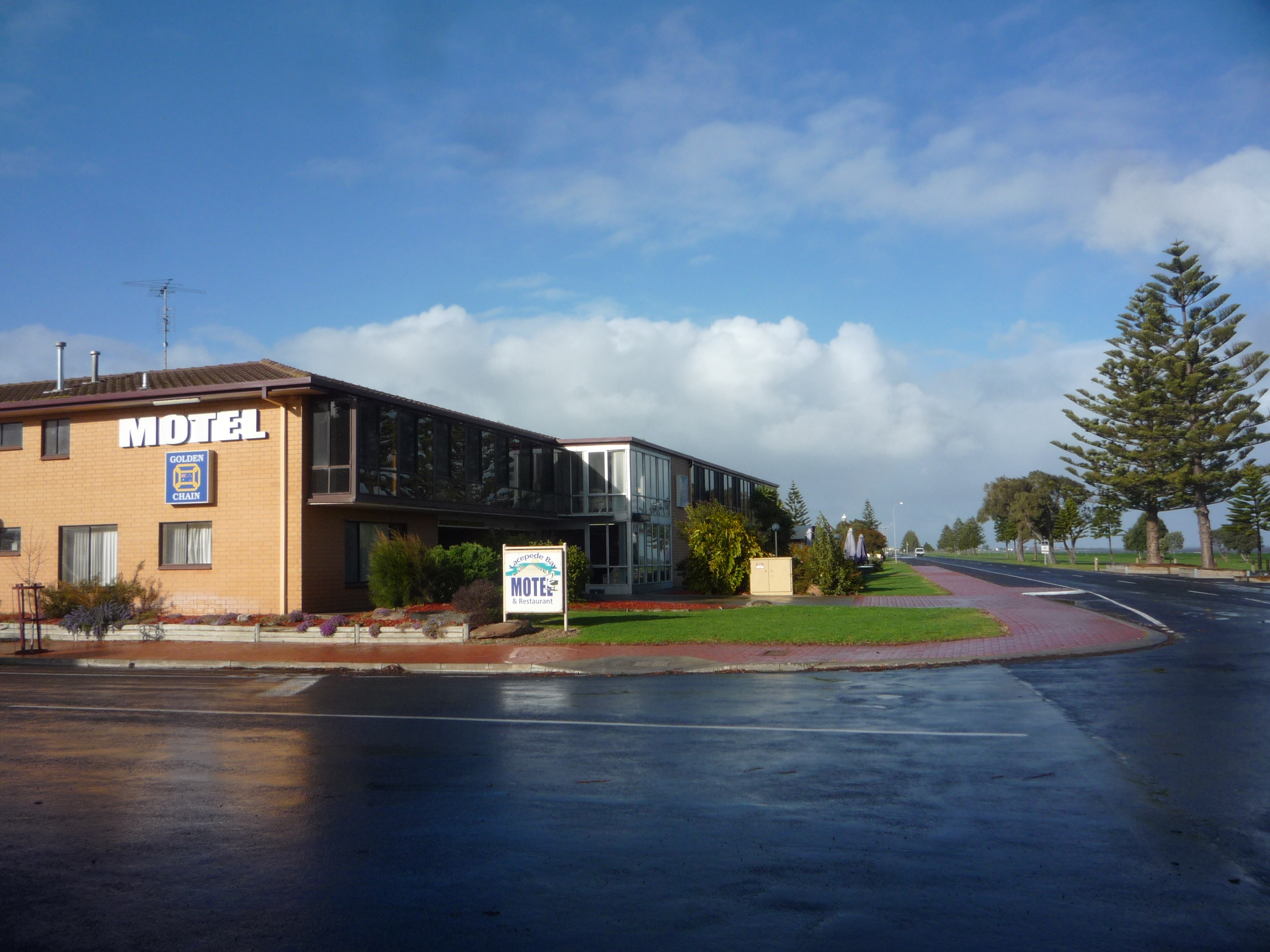 Lacepede Bay Motel And Restaurant - Accommodation Melbourne