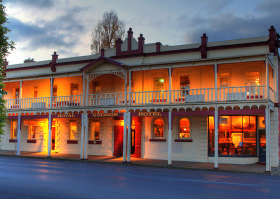 Royal George Hotel - Accommodation Melbourne
