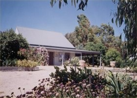Brackley Cottage - Accommodation Melbourne