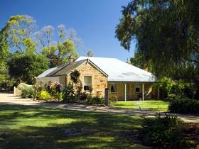 Evelyn Homestead - Accommodation Melbourne