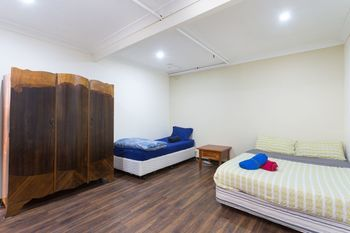 The Village Glebe - Hostel - Accommodation Melbourne