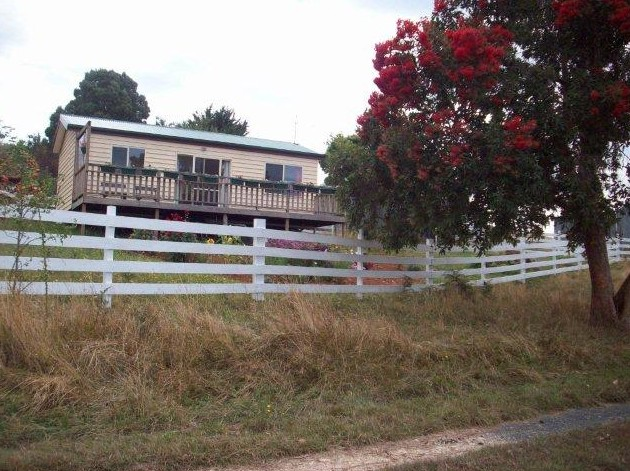 Demeter Farm Cabin - Accommodation Melbourne