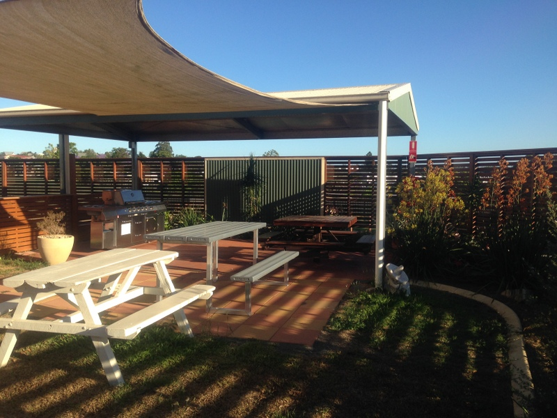Gympie Caravan Park - Queens Park - Accommodation Melbourne