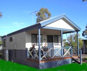 Pinjarra Cabins and Caravan Park - Accommodation Melbourne
