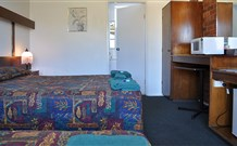 Adrian Motel - Forbes - Accommodation Melbourne