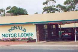 DONALD MOTOR LODGE - Accommodation Melbourne