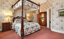 The Old George and Dragon Guesthouse - - Accommodation Melbourne