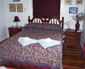Boonah Hilltop Cottage - Accommodation Melbourne