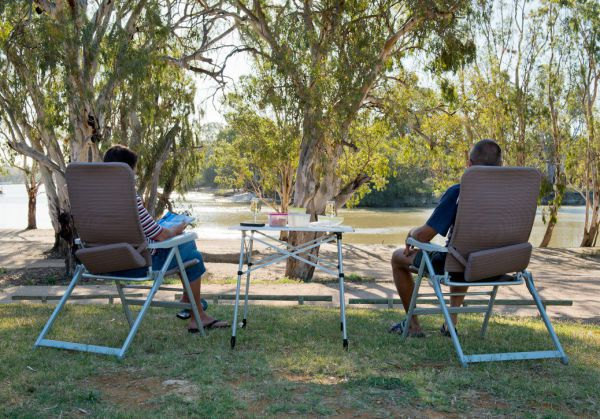 Loxton Riverfront Holiday Park - Accommodation Melbourne