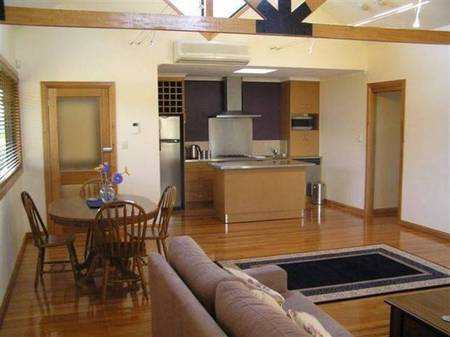 Bella Villa - Accommodation Melbourne