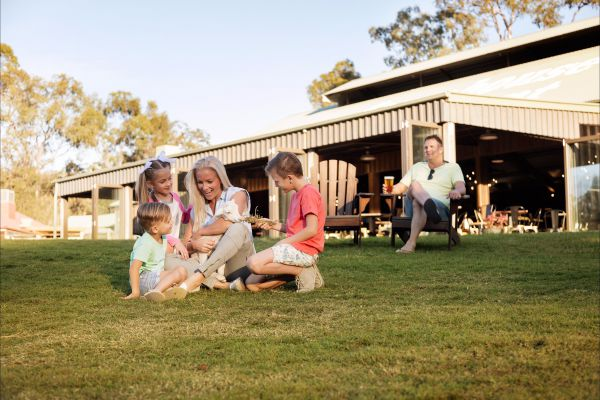 Paradise Country Farmstay - Accommodation Melbourne