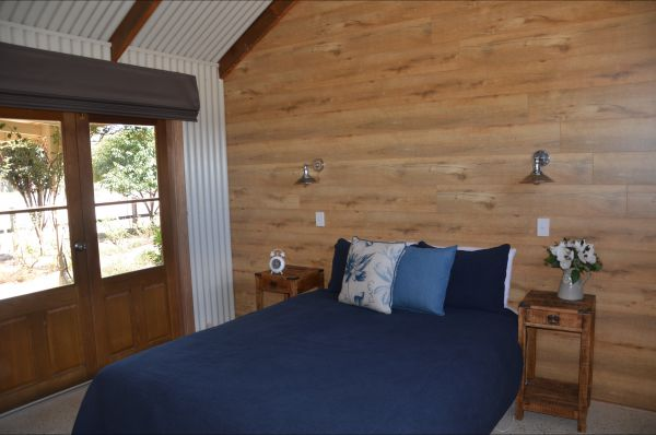 Redwing Farm - Shearers Quarters - Accommodation Melbourne