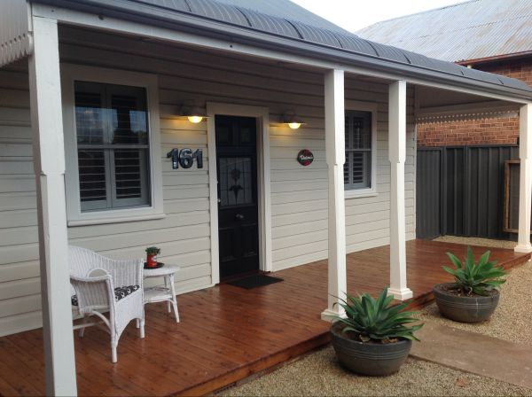 Thelma's Temora - Accommodation Melbourne