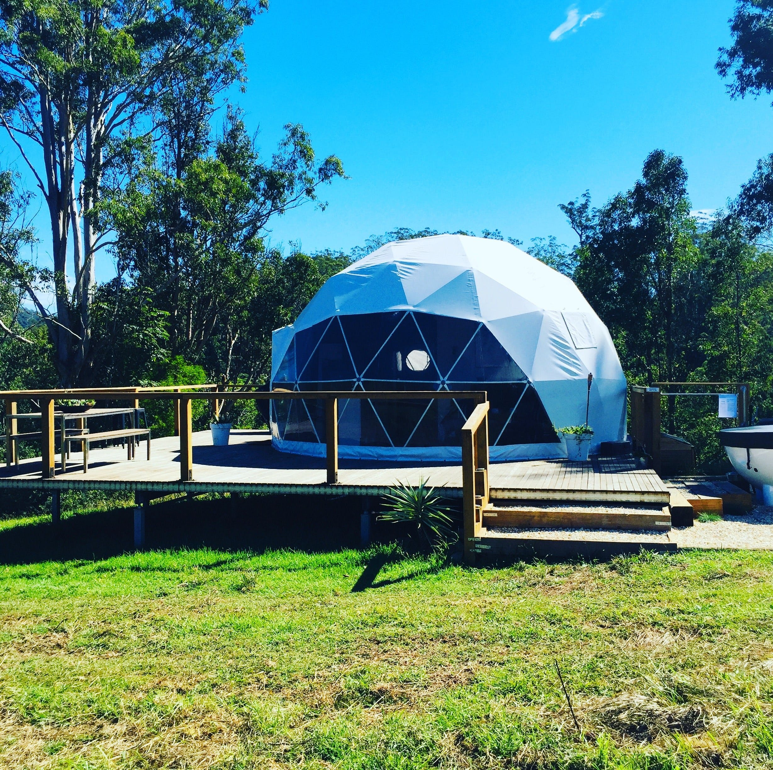 Nature Domes - Accommodation Melbourne