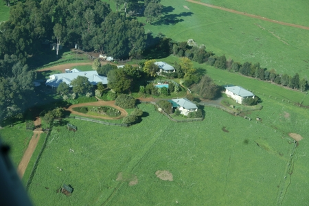 Harvey Hills Farmstay Chalets - Accommodation Melbourne