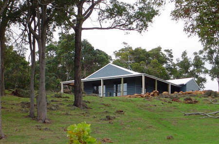 Vista Ridge Estate - Top Paddock Cottage - Accommodation Melbourne