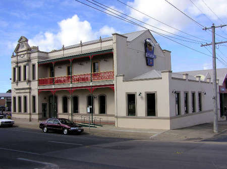 Mitchell River Tavern - Accommodation Melbourne