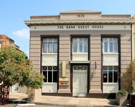 The Bank Guest House  Tellers Restaurant - Accommodation Melbourne