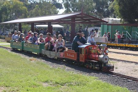 Altona Miniture Railway - Accommodation Melbourne