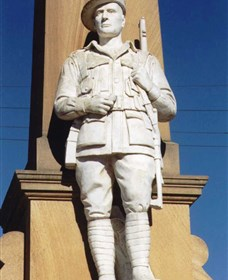 Beaudesert War Memorial - Accommodation Melbourne