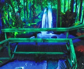 GlowGolf Docklands - Accommodation Melbourne