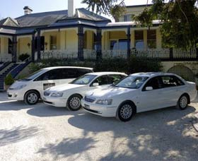 Highlands Chauffeured Hire Cars Tours - Accommodation Melbourne