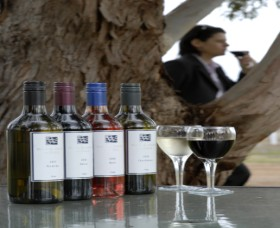 Woolaway Wines - Accommodation Melbourne