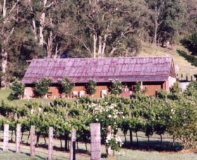 Undercliff Winery and Gallery - Accommodation Melbourne