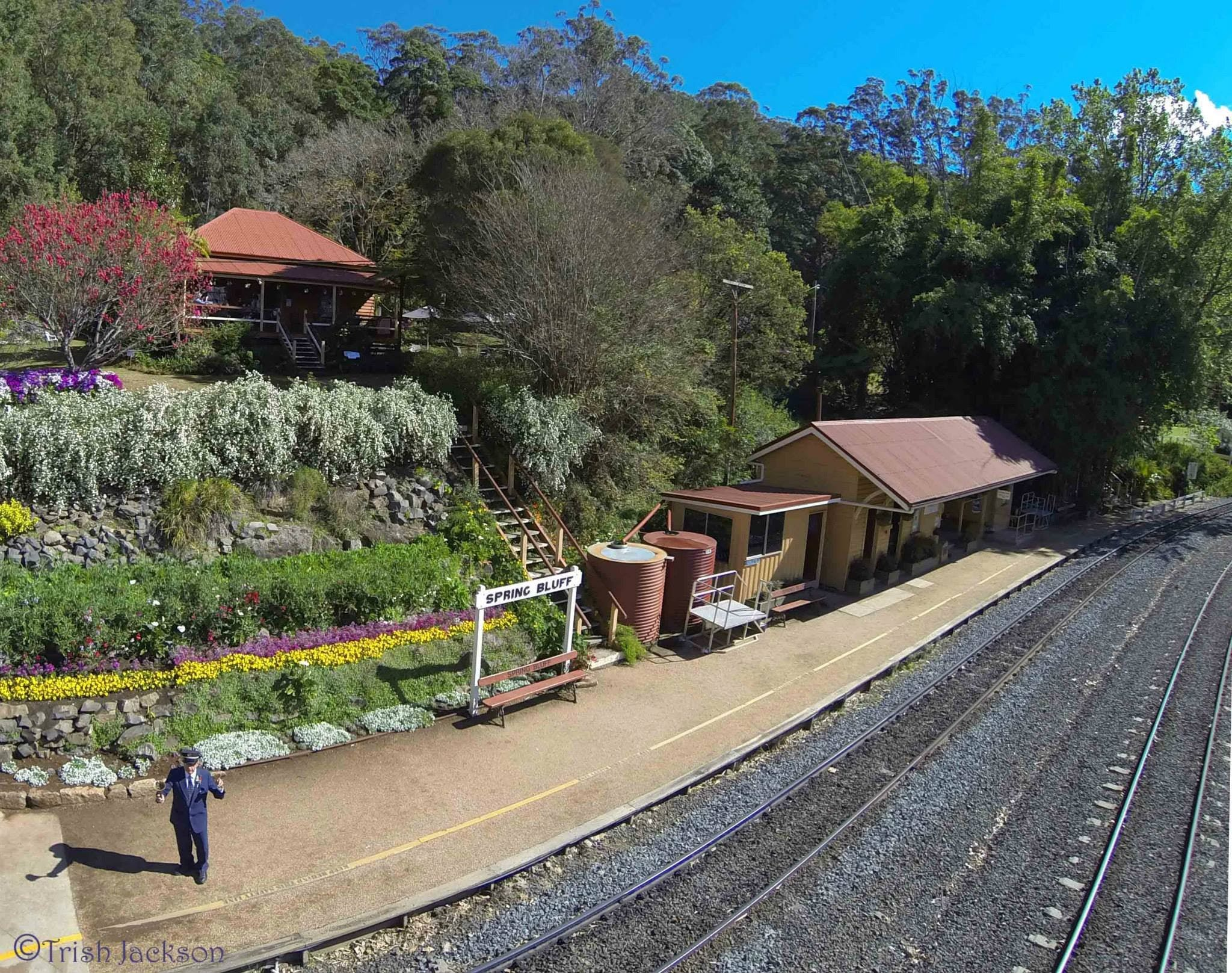 Spring Bluff Railway Station - Accommodation Melbourne