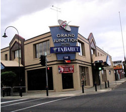Grand Junction Hotel - Accommodation Melbourne
