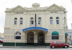 The London Hotel - Accommodation Melbourne