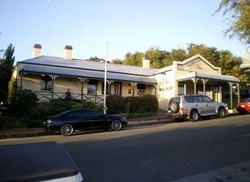 Earl of Spencer Historic Inn - Accommodation Melbourne